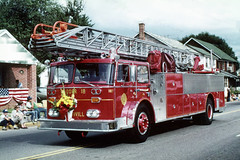 Goodwill Fire Company of New Castle, Delaware - Ladder 18-7 (1975 Seagrave 100 ft) (Timothy Wildey) Tags: newcastle 1975 ladder delaware 187 seagrave newcastledelaware newcastlecounty ladder18 station18 gvfc goodwillfirecompany seagravefireapparatus ladder187