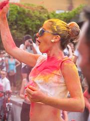 Monsoon Holi Lavapies Madrid 2014 (miguelno) Tags: madrid olympus monsoon holi e1 zuiko joli lavapies 1454mm होली holī
