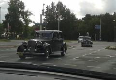 Rover P3 Saloon 1949 (AM-23-73) & Citroën Traction Avant (88-DN-62) (MilanWH) Tags: rover saloon 1949 p3 am2373 88dn62