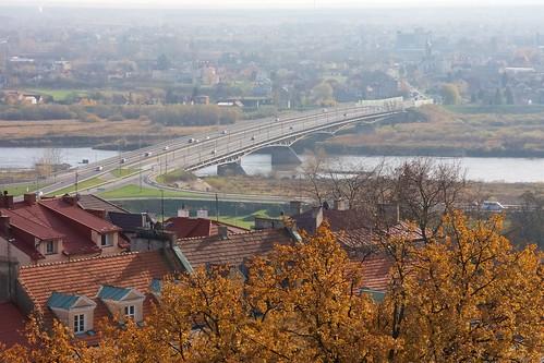 Most drogowy na Wiśle w Sandomierzu z Bramy Opatowskiej