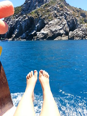 Sossego (Isa7x) Tags: blue nature water brasil foot barge arraialdocabo