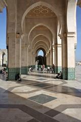 Mosquée Hassan II Casablanca (bcmng) Tags: color islam arches morocco ornament fez maroc marocco marrakech casablanca rabat islamicarchitecture meknes mosaik islamarchitecture maroccoarchitecture