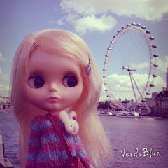 London Eye #blythe #doll #kenner #mohair #knit #jumper #sweater #bunny #bunnylove #verdeblue #kawaii