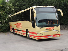 DSCN8717 Andrew's, Tideswell SF07 YTU (Skillsbus) Tags: buses volvo andrews parks tideswell panther coaches plaxton lsk878 sf07ytu