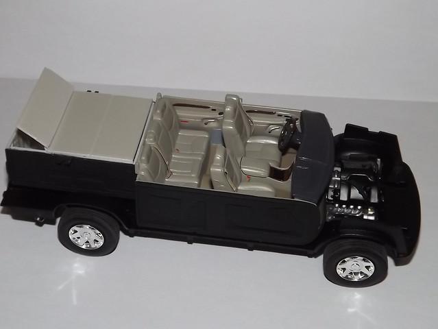 2005 model interior cadillac plastic kit escalade 125 amt ext plastimodelismo