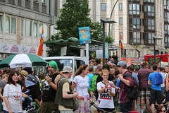Hanfparade 2014 Berlin (ubiquit23) Tags: berlin germany demo march action pirates protest parade thc gras kiffer cannabis hemp legalization hanfparade marihuana pirateparty 2014 piraten hasch campain piratenpartei legaliseit hempparade piratenparteieiberlingermany