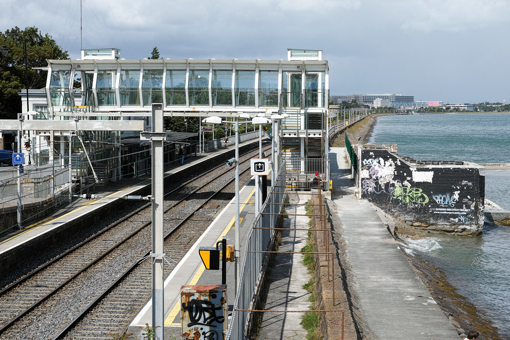 BLACKROCK DART STATION AND NEARBY Ref-804