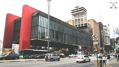 Avenida Paulista (Victor.Galvo) Tags: city town sp paulo sao 011 masp