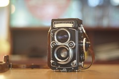 An old Rolleiflex (leonmacpc) Tags: leica 2890 teleelmaritm