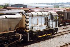 08489, Warrington, August 18th 1998 (Suburban_Jogger) Tags: warrington class08 railfreight 08489