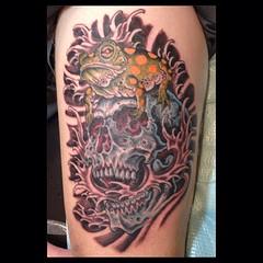 Todays tattoo at South Florida tattoo expo, on my buddy Forrest, 4 hours...#skullfrog #skulltattoo skullandfrog #pooch_art @neotatmachines @fusionink_ca