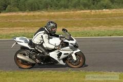IMG_6287 (Holtsun napsut) Tags: ex sport finland drive track bikes sigma os days apo moto motorcycle finnish 70200 f28 dg rata kes motorrad traing piv trackdays motorbikers eos7d ajoharjoittelu moottoripyoraorg