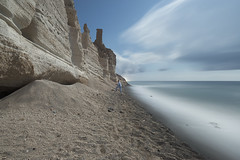 Planet sleep (Alex Bamford) Tags: beach cliffs eros santorini sleepwalking sleepwalk vlihada alexbamford alexbamfordcom