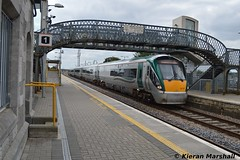 22037 arrives into Portlaoise, 2/9/14 (hurricanemk1c) Tags: irish train rail railway trains railways irishrail rok rotem 2014 portlaoise icr iarnrd 22000 22037 ireann iarnrdireann premierclass 1520portlaoiseheuston 5pce
