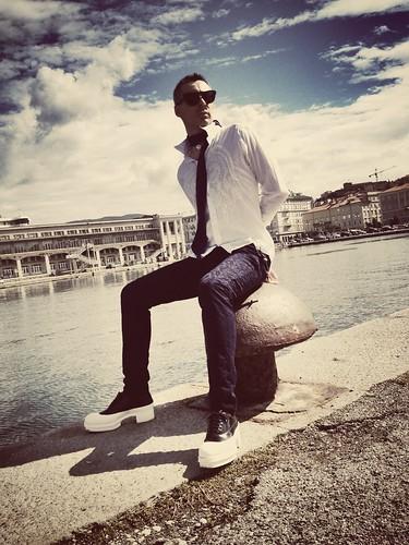 67ce78657398 Feel #better feel #good feel #wonderfull #Prada · Feel #better feel #good  feel #wonderfull #Prada by ZùTotò · Prada Tessuto Sacca Handbag Mora Purple  BT0740 ...