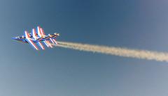 Art mais de l'air (8) (JDAMI) Tags: france rouge nikon meeting bleu 80 blanc amiens picardie avions fume somme 70300 arien d600 patrouilledefrance glisy centenaire1418