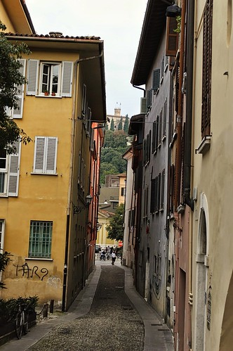 "Traversa di Via S.Faustino • <a style=""font-size:0.8em;"" href=""http://www.flickr.com/photos/121308622@N02/15302404686/"" target=""_blank"">View on Flickr</a>"