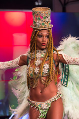 Carnival in Cologne (diwan) Tags: costumes girl canon germany geotagged deutschland eos dance colours cologne köln presentation tamron nordrheinwestfalen farben 2014 northrhinewestphalia kölnmesse halle42 canoneos650d photokina2014 sambashowbrasil geo:lon=6978872 geo:lat=50944881