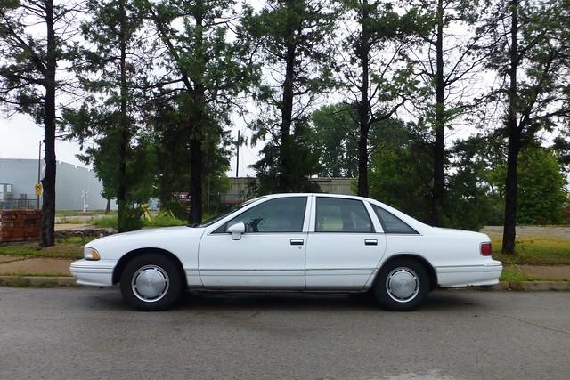 classic chevrolet car sedan chevy caprice whitecar stlouismo beachedwhale chevroletcapriceclassic 19931996chevroletcapriceclassic