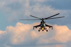ILA-CU4A2793 k (Nelofee-Foto) Tags: himmel ila abschied hubschrauber bundeswehr luftwaffe luftfahrt helikopter flugshow luftfahrtausstellung luftakrobatik