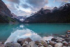 Lake Louise (djniks) Tags: park lake canada mountains reflection clouds sunrise rocks louise national alberta banff lakelouise banffnationalpark waterscape canon1740f4 stilllake canon5dmkii