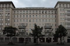 FRANKFURTER ALLEE (maulegon) Tags: berlin tor hermann frankfurter alle frankfurterallee frankfurtertor henselmann