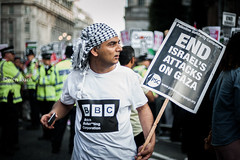 Challenge the BBC (Sven Loach) Tags: uk england london mobile demo israel nikon media phone britain candid palestine protest streetphotography photojournalism police tshirt solidarity bbc met protester coppers bullshit placard gaza reportage occupation bias d700