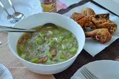 Misua Patola Soup & Fried Chicken (Allan Reyes) Tags: chicken soup noodle patola pinoy ulam misua