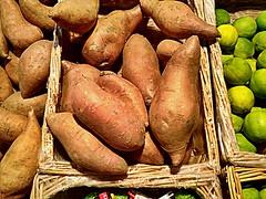 #American #sweet #potatoes (RenateEurope) Tags: food vegetables potatoes sweet american organic