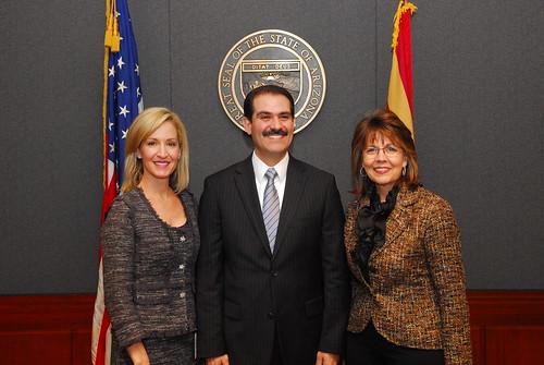El Gobernador Guillermo Padrés asistió a la ceremonia de toma de protesta de la hoy gobernadora de Arizona, Jan Brewer.