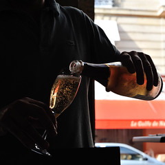 The Champagne made from Pinot Meunier (jmvnoos in Paris) Tags: paris france square nikon wine champagne bubbles explore winetasting bubble vin backlit bulles dégustation contrejour pinot vins bulle carré wines carrés pinotmeunier carrée carrées 30faves meunier 10faves 20faves explored 40faves seeninexplore d700 jmvnoos