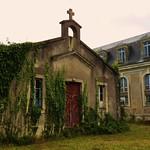Urbex, ancien hopital militaire, chapelle thumbnail
