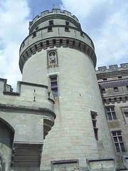 mot-2005-berny-riviere-116-chateau-de-pierrefonds_450x600