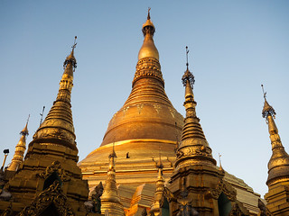 Weeding Duty at Shwedagon Pagoda