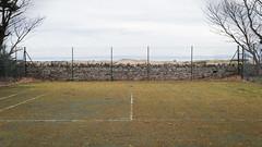 Dead Tennis Court (Daveybot) Tags: tennis tenniscourt decay greywalls