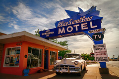 Blue Swallow forever (JoLoLog) Tags: usa newmexico route66 motel roadtrip raya nm tucumcari lorien blueswallowmotel canon6d