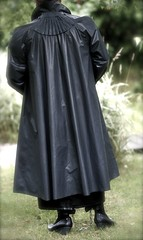 (klep-o-holic) Tags: mac skirt rubber raincoat mackintosh klepper rillo regenmantel kleppermantel