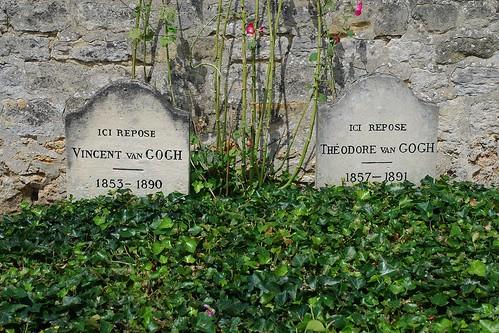 1 - Cimetière d'Auvers-sur-Oise Tombe de Vincent et Théo Van Gogh