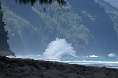 Haena-State-Park-Wave_Kauai-HI_03-02-2007b (Count_Strad) Tags: park beach island hawaii surf waves scenic wave kauai haena haenastatepark