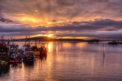 Glorious Sunset (scrapping61) Tags: sunset clouds boats harbor scotland unitedkingdom oban legacy tistheseason 2014 dockbay caviardreams scrapping61 trolledproud trollieexcellence pinnaclephotography czarcollection