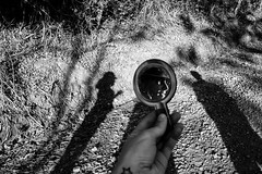 (iLana Bar) Tags: sol espelho mulher sombra lua mae reflexo pretoebranco sombras
