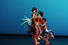 bailarinas (Laia Cagg) Tags: girls ballet girl children dance nikon dancers dress dancer baile ballerinas