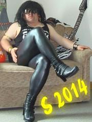 Wetlook Party 2 (schemmik) Tags: pants leggings skintight wetlookleather