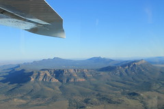 Flying over Wilpena Pound (www.JnyAroundTheWorld.com - Pictures & Travels) Tags: landscape flight australia wilderness southaustralia australie wilpenapound scenicflight jny flindersrange australiedusud