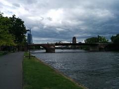 IMG_20140507_115402 (paddy75) Tags: main brug frankfurtammain duitsland rivier altebrücke mainkai