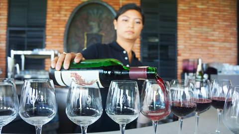 Hua Hin Hills Wine Tasting 4