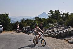 En vélo à assistance électrique sur la route des Crêtes dans le Verdon (Alpes de Haute Provence) Tags: alps bike alpes 04 paca provence gorges alp alpe verdon vae alpesdehauteprovence routedescrêtes provencealpescôtedazur hauteprovence alpeshauteprovence alpesprovence bassesalpes visit04 alpesmercantour