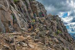 Happy Hikers (Philip Kuntz) Tags: skylinetrail panoramapoint hiking hikers paradise mtrainier mtrainiernationalpark washington fun
