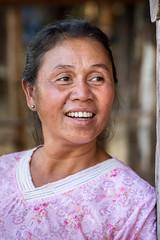 Portrait, Laos (pas le matin) Tags: portrait people street candid woman travel voyage asia asie laos lao world canon 7d canon7d canoneos7d eos7d