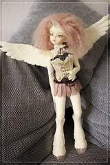 Lyra (*Lil Spark*) Tags: white flora little cream free lg choice soom fc unicorn gem ersa adamelli